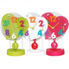 05-025 Часы настольные Детские с маятником Сердце кварц.пластик 17*8*24 см