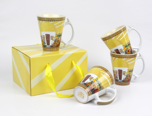 7167-01 Set 4 cups Our traditions / Hut